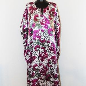 Vintage 80s Floral Print Silky Caftan in One Size